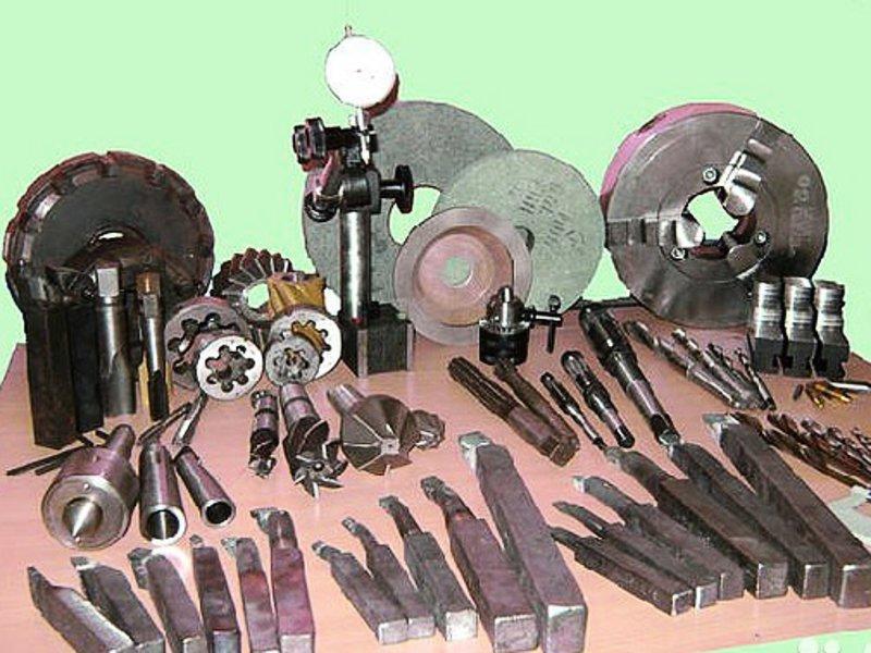 инструмент и оснастка в машиностроении